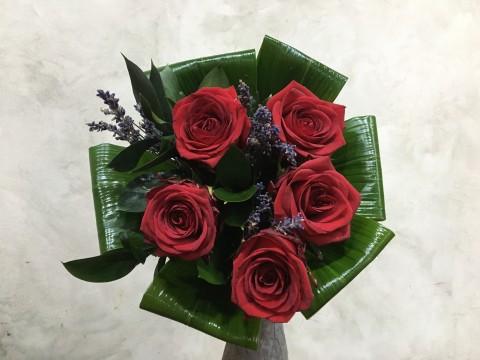 Buchet 5 Trandafiri rosii
