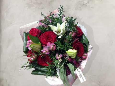 Buchet de flori Secret Love