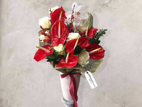 Buchet de flori Red Beauty