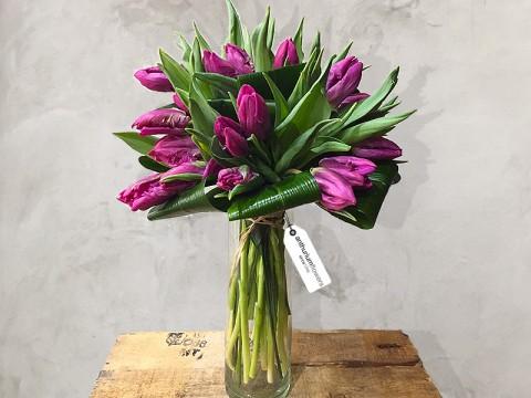 Buchete Lalele Si Aranjamente Florale Din Lalele Livrare Online