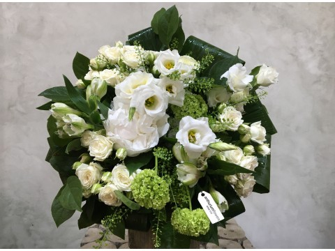 Buchet de flori White Clouds